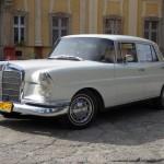 Zabytkowy Mercedes